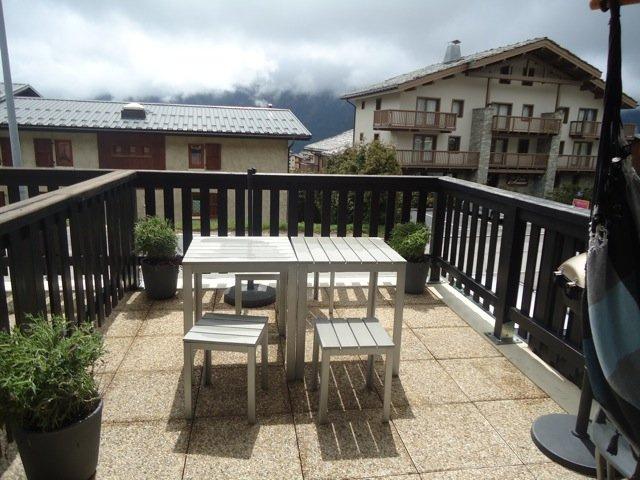 vente studio avec terrasse de 10m2 proche remontees mecaniques. Black Bedroom Furniture Sets. Home Design Ideas